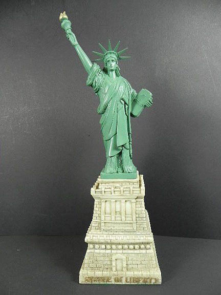 new york city freiheitsstatue statue of liberty 34 cm poly. Black Bedroom Furniture Sets. Home Design Ideas