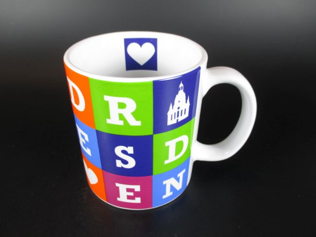 dresden kaffeetasse buchstaben becher souvenir tasse. Black Bedroom Furniture Sets. Home Design Ideas