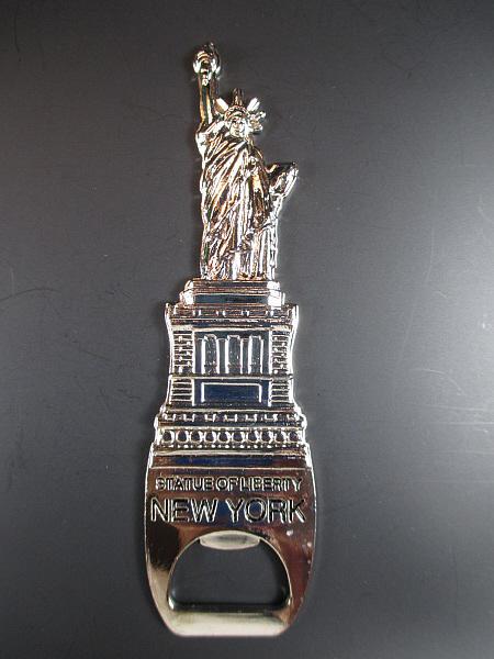 new york flaschen ffner metall freiheitsstatue liberty. Black Bedroom Furniture Sets. Home Design Ideas