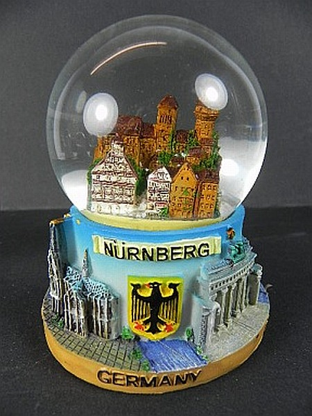 schneekugel n rnberg 10 cm mit germany sockel deutschland snowglobe neu ebay. Black Bedroom Furniture Sets. Home Design Ideas
