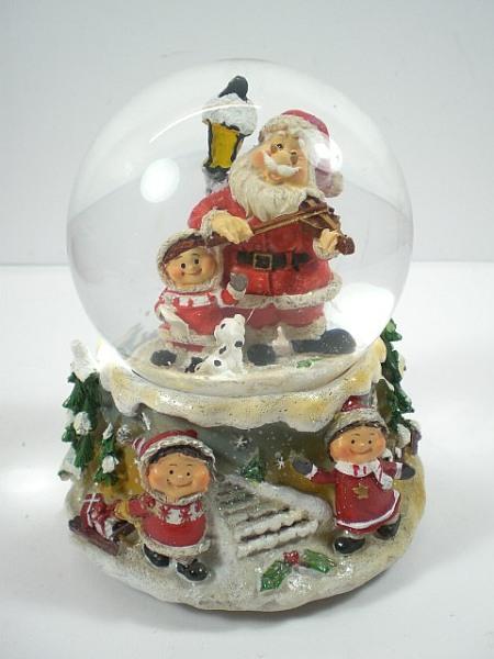 schneekugel weihnachten krippenszene jesus mit spieluhr ebay. Black Bedroom Furniture Sets. Home Design Ideas