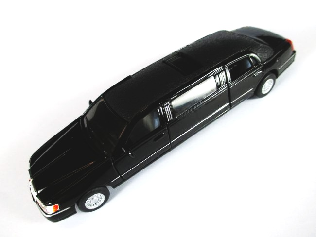 lincoln stretch limousine 1999 town car modellauto 1 38. Black Bedroom Furniture Sets. Home Design Ideas