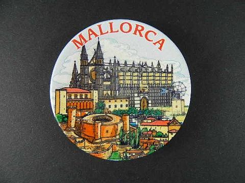 Mallorca-Magnet-Spanien-Souvenir-Spain-6-cm-Kuehlschrankmagnet-aus-Keramik-NEU
