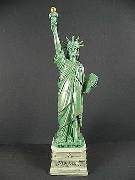 new york city freiheitsstatue statue of liberty 38 cm. Black Bedroom Furniture Sets. Home Design Ideas