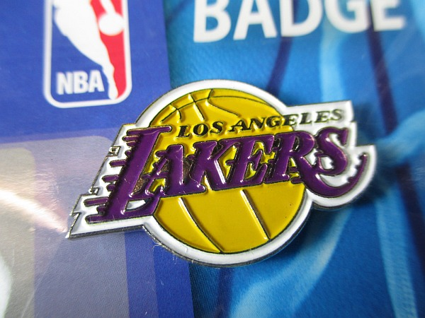 Pin By Hoopsvilla Com On Nba: Los Angeles Lakers Logo Pin NBA Basketball Metall Wappen