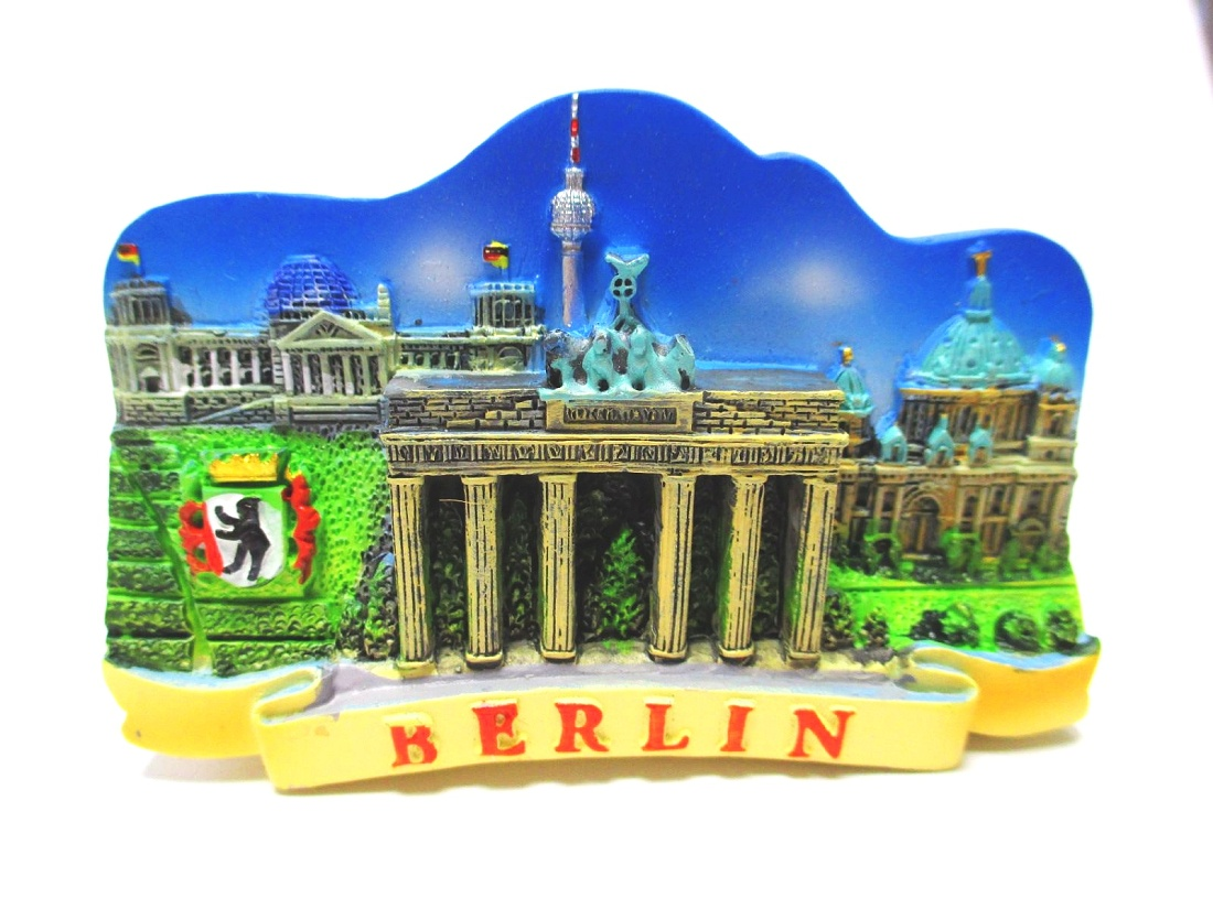 Berlin Magnet Brandenburger Tor mit Trabi weiß Poly Souvenir Germany