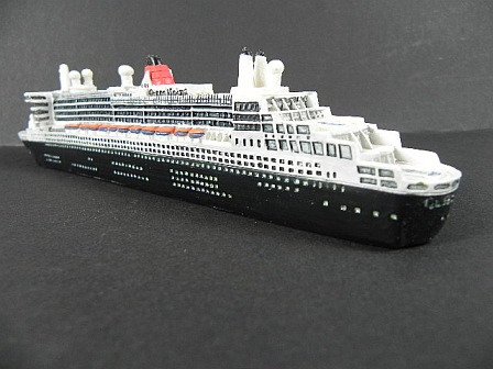 Modelo de nave crucero MS Queen Mary 2 Poly 21 cm Collector Ship